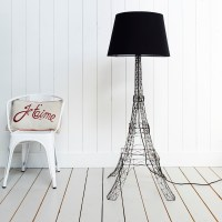 Finds: Eiffel tower lamp