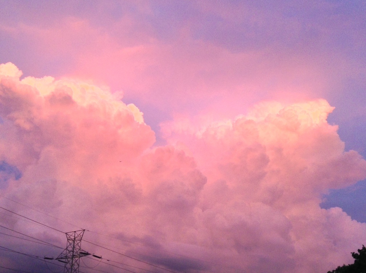 1920x1080 Fall Urban Wallpaper White Aesthetic Tumblr Clouds Pictures To Pin On Pinterest