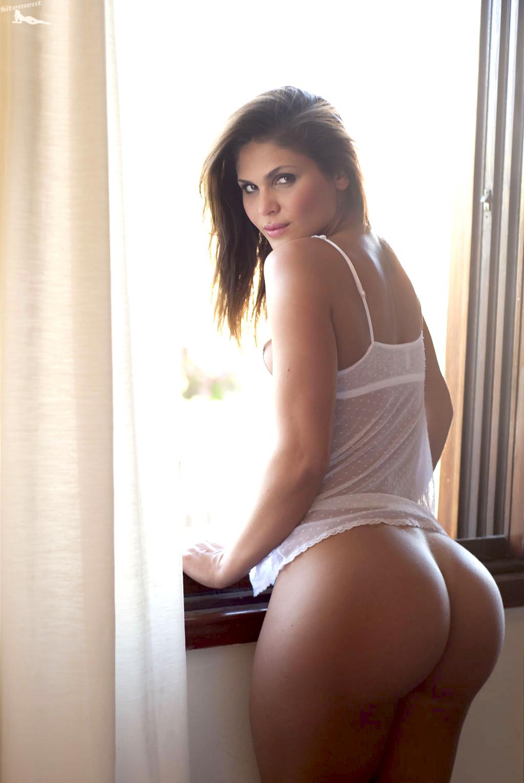 hot ass wide hips