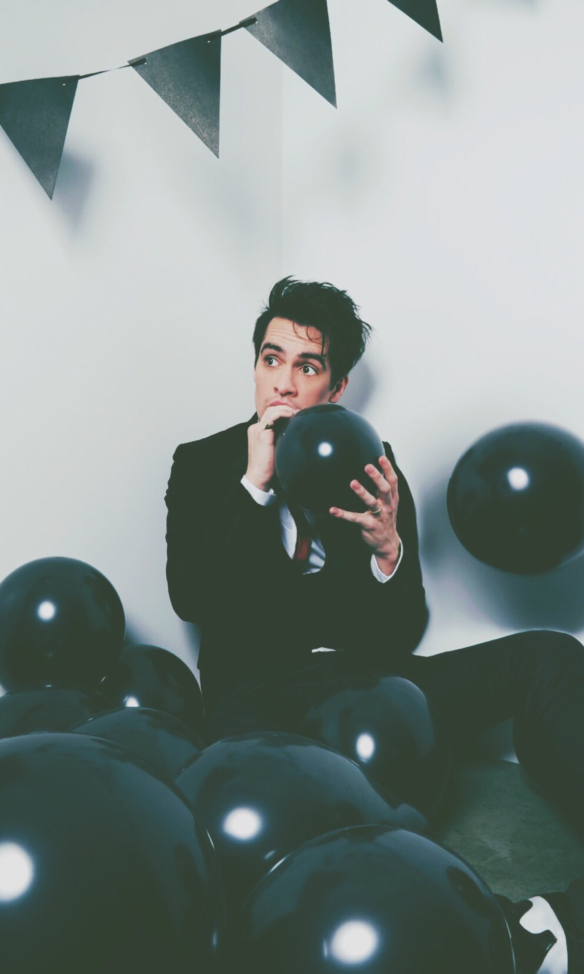 Fall Out Boy Lyrics Wallpaper Panic At The Disco Brendon Urie These Are Perfect Size