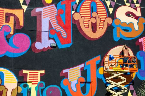 bizarrebeyondbelief:  Typography based mural by @BenEine in Santa Ana, California. More here: http://wp.me/p2dpFM-3qA