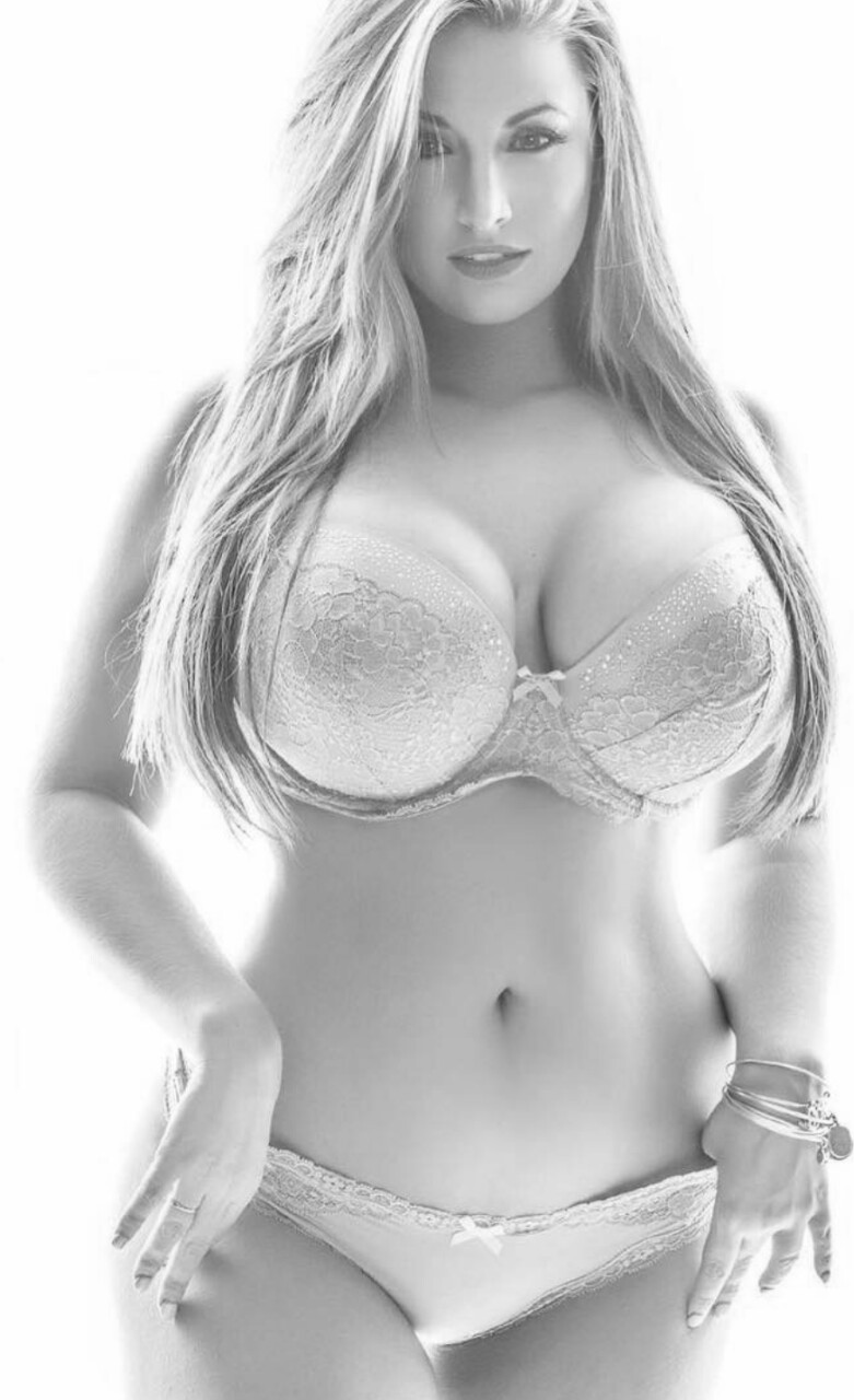 ashley alexiss topless