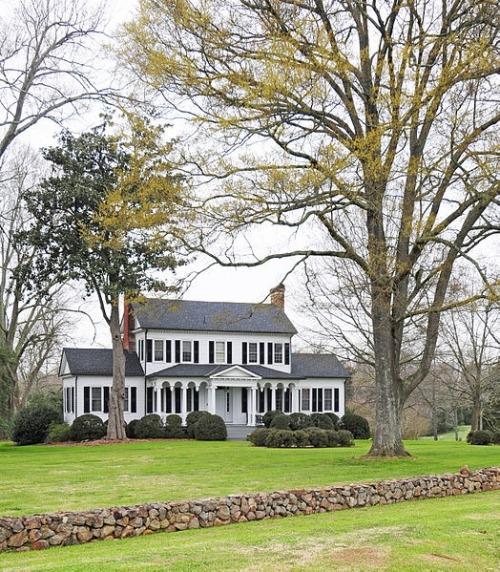 plantation owners breeding slaves