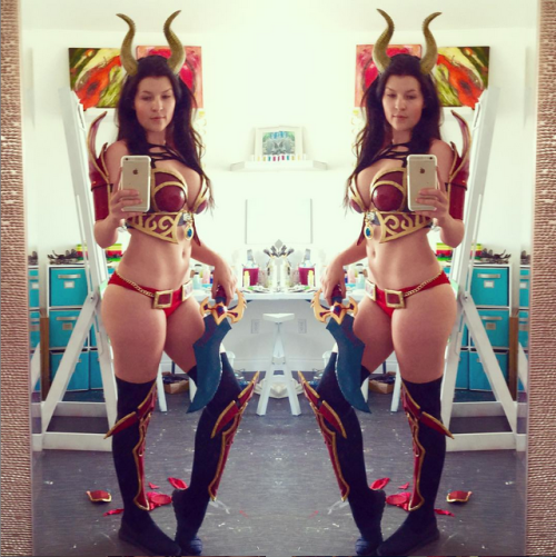 Kittyplays Queen of Pain [x-post r/cosplay]