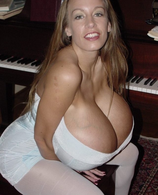 chelsea charms bigger and bigger