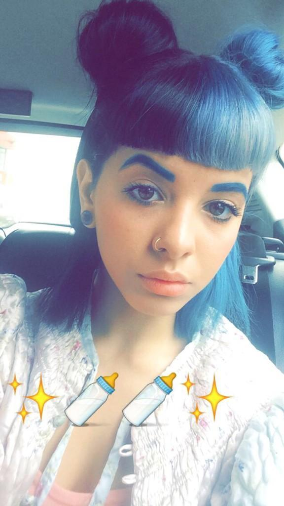 Cute Baby Cry Wallpaper 13 Glimpses Of Melanie Martinez Private Snapchat That Were