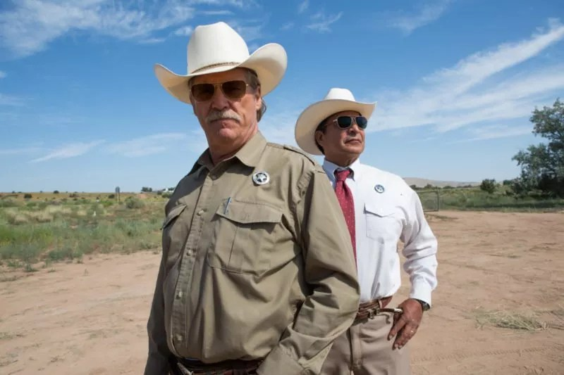 Jeff Bridges und Gil Birmingham als Texas Ranger in Hell or High Water