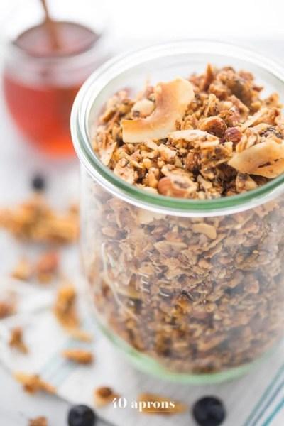 Crunchy Paleo Granola Recipe (Vegan) - 40 Aprons