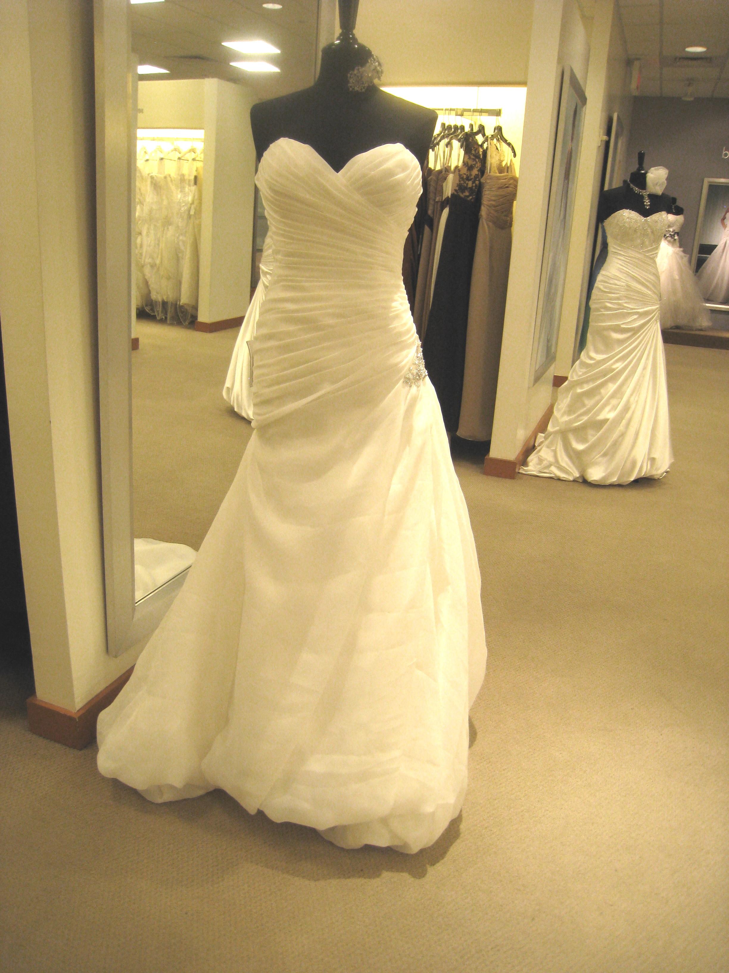 holy crap im getting married macy's wedding dresses 40w wedding