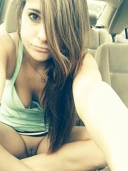 woman vagina nude selfies