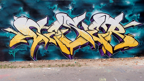 letter-science:  GESER 3A DOES IT AGAIN! MOLOTOW