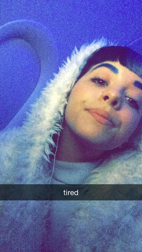Bb 8 Cute Wallpaper 13 Glimpses Of Melanie Martinez Private Snapchat That Were