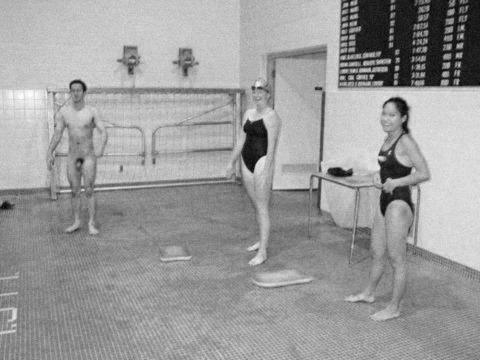cfnm nude swimming swim team
