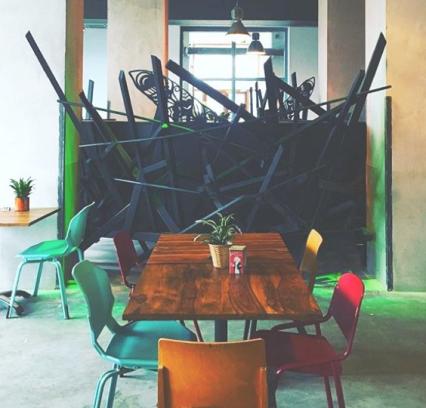 kunst werken cafe