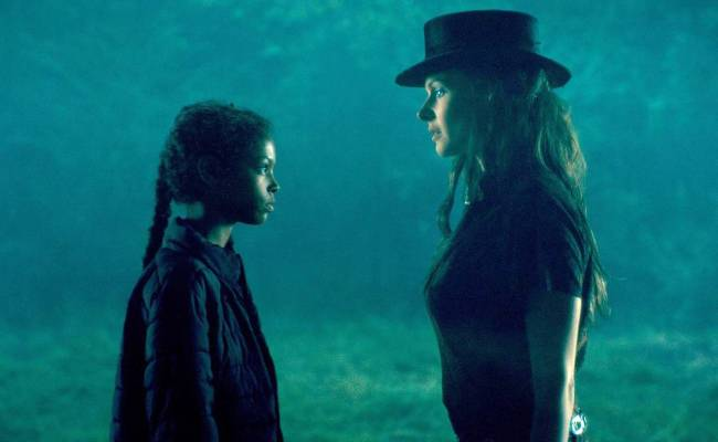 Review Doctor Sleep Shines As A Rare Stephen King Sequel The Daily World