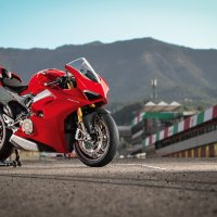 What do you want to know about the Panigale V4?