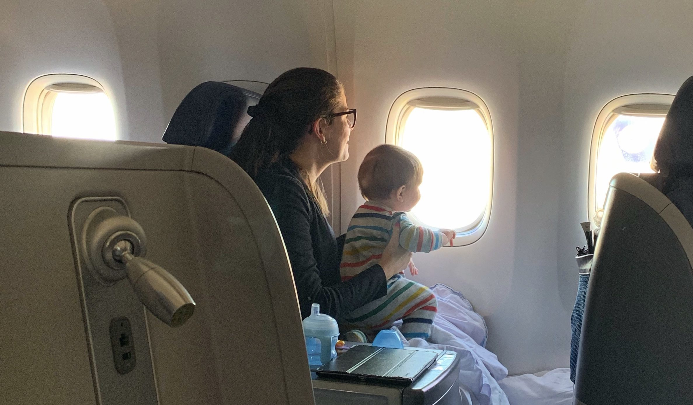 Baby Cot United Airlines The Pros And Cons Of Flying Business Class With A Baby 2019