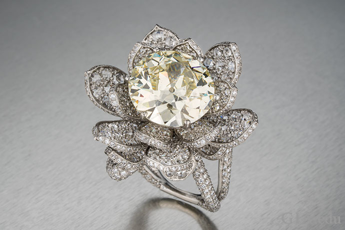 Engagement Ring Setting How Metal Affects Diamond Color Appearance