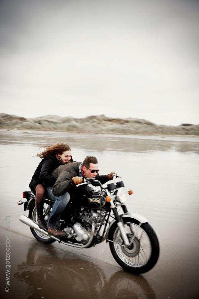 beach lovers norton commando 4h10.com