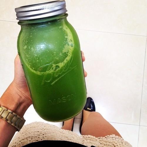 すっきりフルーツ青汁でヘルシーダイエットが叶う理由①酵素と乳酸菌