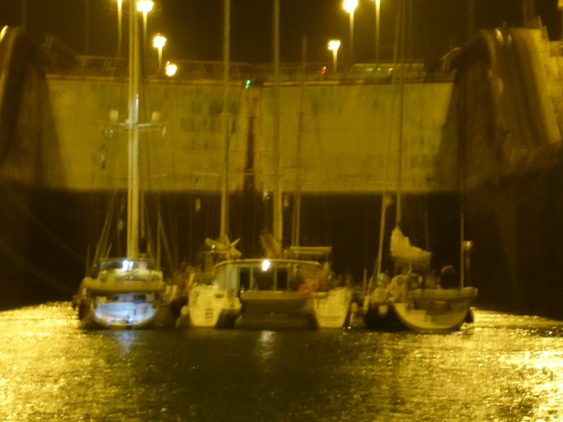 Other boats waiting for the fill.