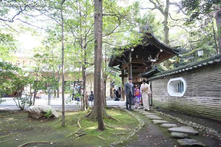 赤坂神社7歳家族写真