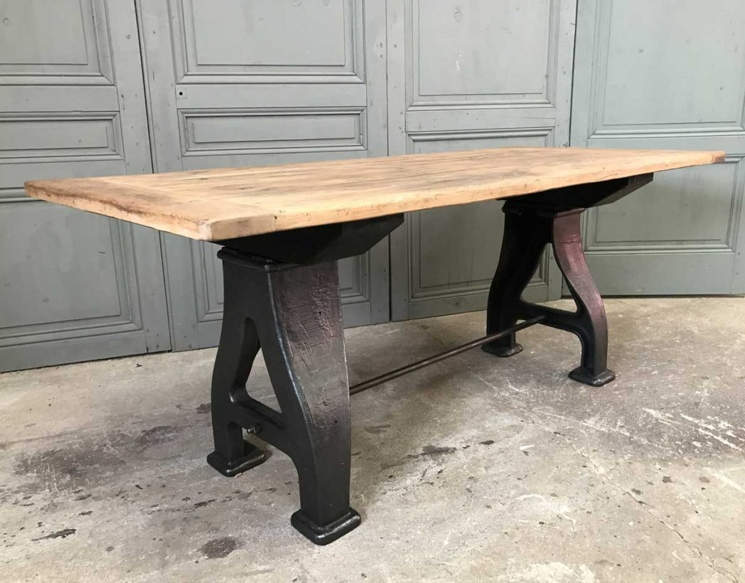 Pied De Table Fonte Ancien Table Industrielle Pieds En Fonte A