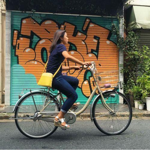 madstylers:  TOKYO STREETS @laurentfaker_______________________#madstylers #graffiti #graff #style #colorful #street #stylewriting #summer #sprayart #graffitiart http://ift.tt/2cNl5uI