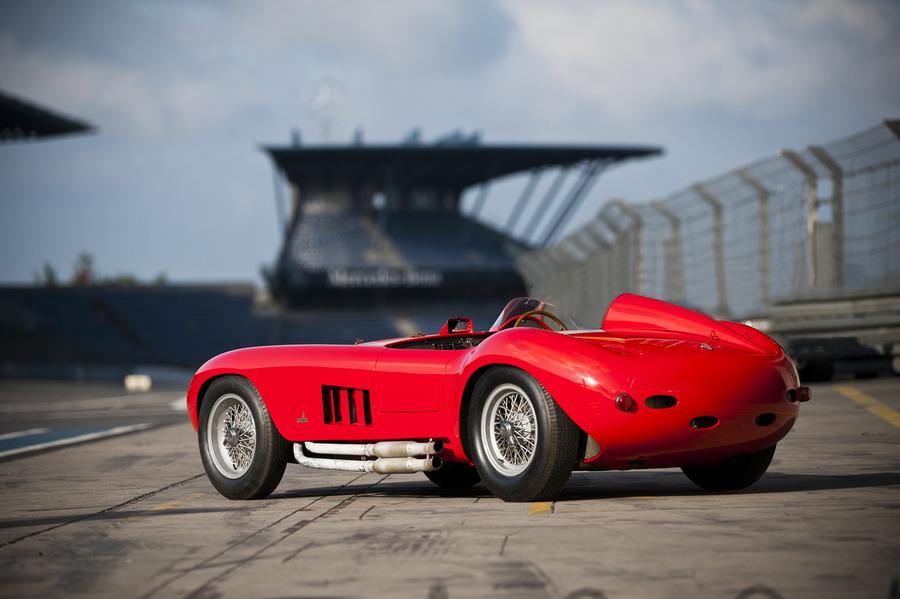 Fastest Car In The World Wallpaper 2013 Italian Luxury Cars