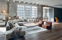 A cozy living room with exposed structure . - Creative Houses