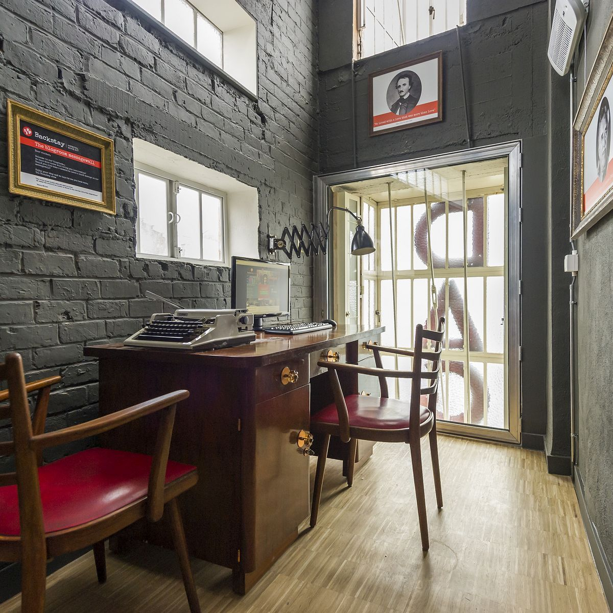 Backstay Hostel Backstay Hostel Ghent Fittingly Located In The