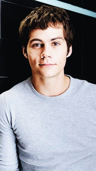dylan-o'brien-iphone-wallpapers   Tumblr