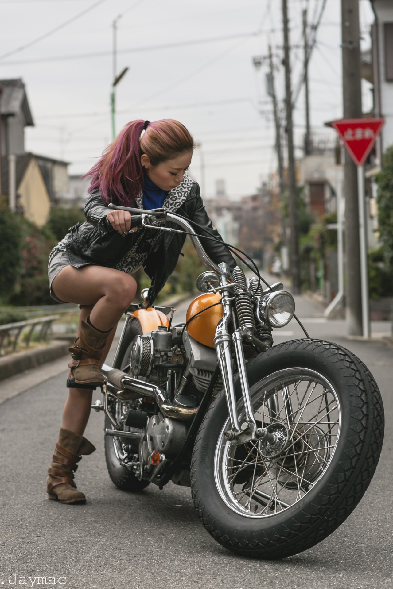 Garage Am Hang Girls On Motorcycles - Pics And Comments - Page 884