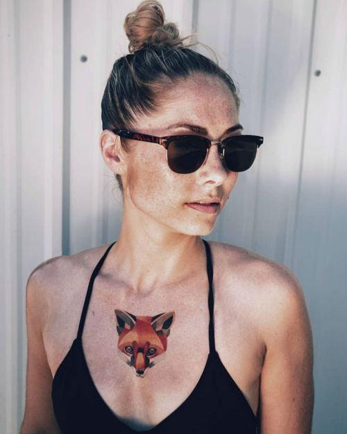 thievinggenius:  Tattoos done by Sasha Unisex.