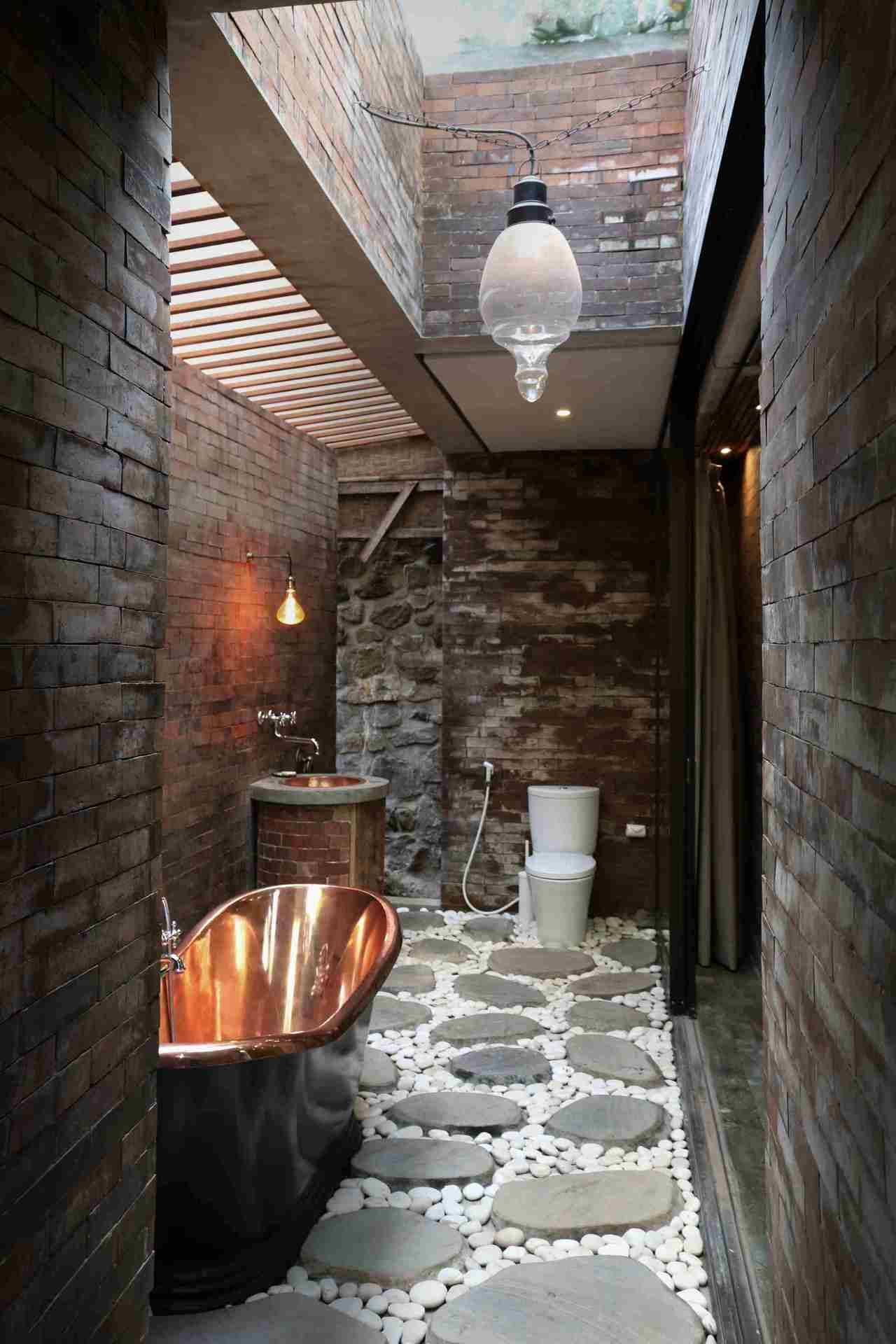 Outdoor Shower Tumblr Stylish Homes Outdoor Shower Features A Copper Tub In This Home