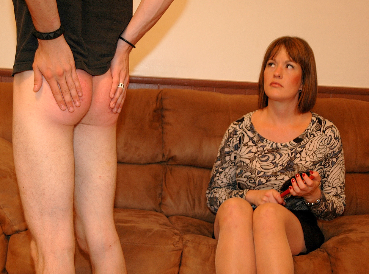 bare bottom spanking mommy