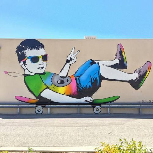 "impermanent-art:  ""Stay Cool"" • a new mural by @bumblebeelovesyou for #powwowantelopevalley. 🐝_________________________________#bumblebeelovesyou #staycool #powwow #thinkspacegallery #moahlancaster #spratx #mural #art #urbanart #publicart #streetart #lancaster #antelopevalley #impermanentart (at Morgan's Shoe Repair)"