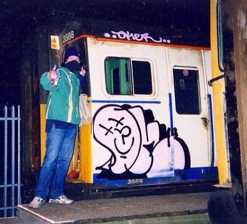 spraydaily:  👌 @oker_gsd back in the day in London!—#graffiti #SprayDaily #граффити #Grafiti #spraycanart #sprayart #Graffity #instagraff #instagraffiti #grafflife #okergsd #gsdcrew #godsquad #london #londongraffiti #graffitilondon