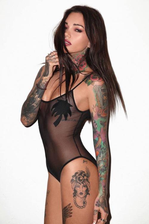 eyesfavouritecandy:  hot and sexy —– follow https://www.facebook.com/hotangels66/