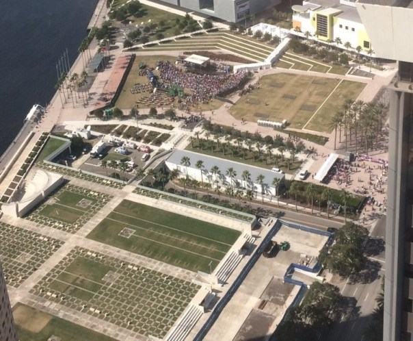 "Hillary's Birthday Rally in Tampa, FL Draws ~1000 People!  Above is a picture of Hillary's birthday rally in Tampa, FL.The Clinton campaign expected ""thousands"". But it appears they have to scale back these expectations. Said one observer, ""they are..."