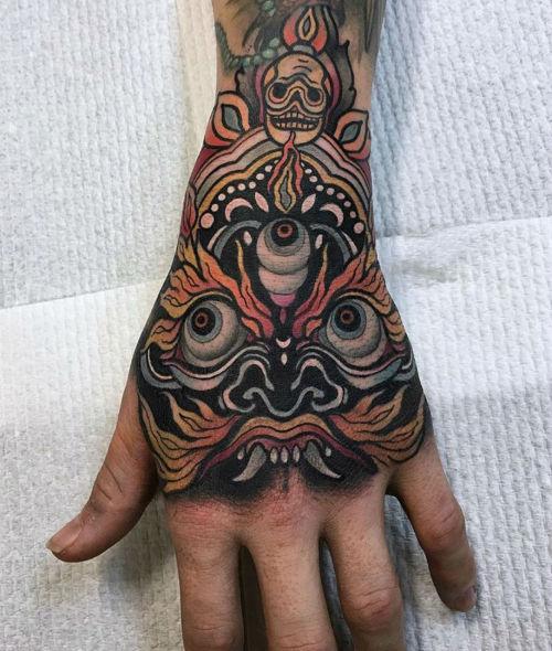 thievinggenius:  Tattoo done by Rachi.