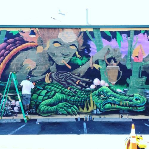 lostangelesstreetart:  @brunosmoky @shalakattack #streetart #denver #graffiti #art #streetartist #graf #urbanart #rsa_graffiti #rsa_preciousjunk #rsa_streetview #dsb_graff #artist #arte #arteurbano #royalsnappingartists #tv_streetart #infamous_family #denvercolorado #colorado #coloradocrush2016 #mural #🐊 (at Rino District)