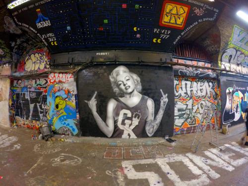 http://graffitikings.co.uk/