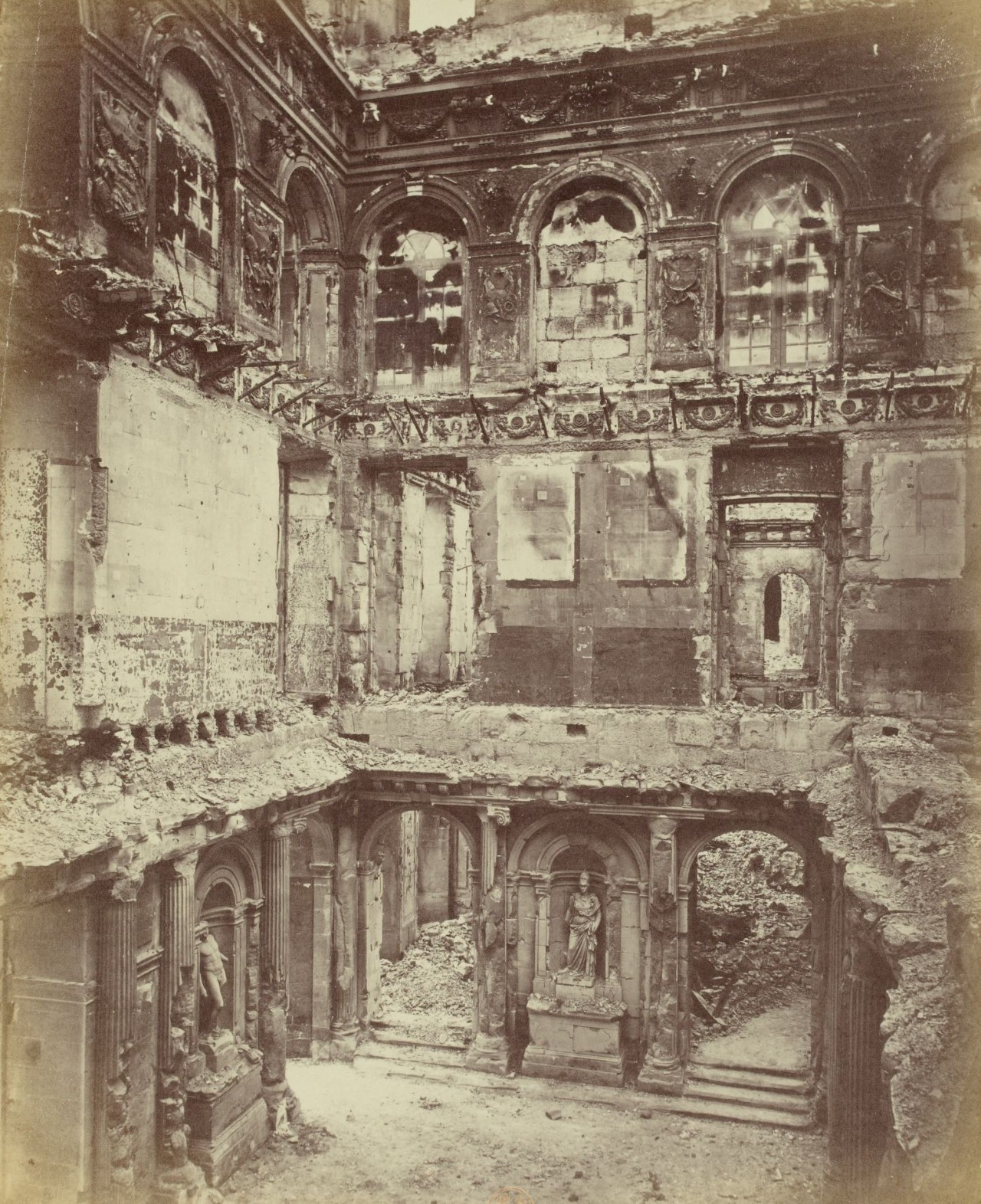 Luxor Chartres Tuileries Palace Burned Down In 1871 It Was A Royal