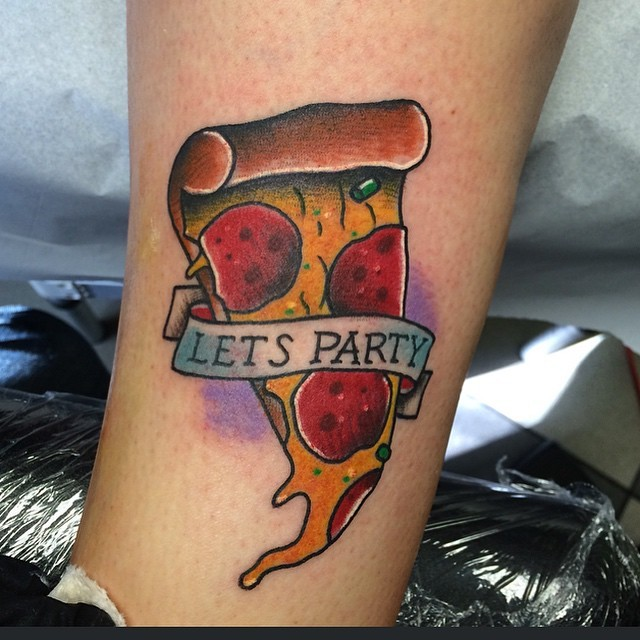 …and the second pizza slice from a couple of weeks ago!#tattoo #letsparty #pizza #🍕 #henryonly