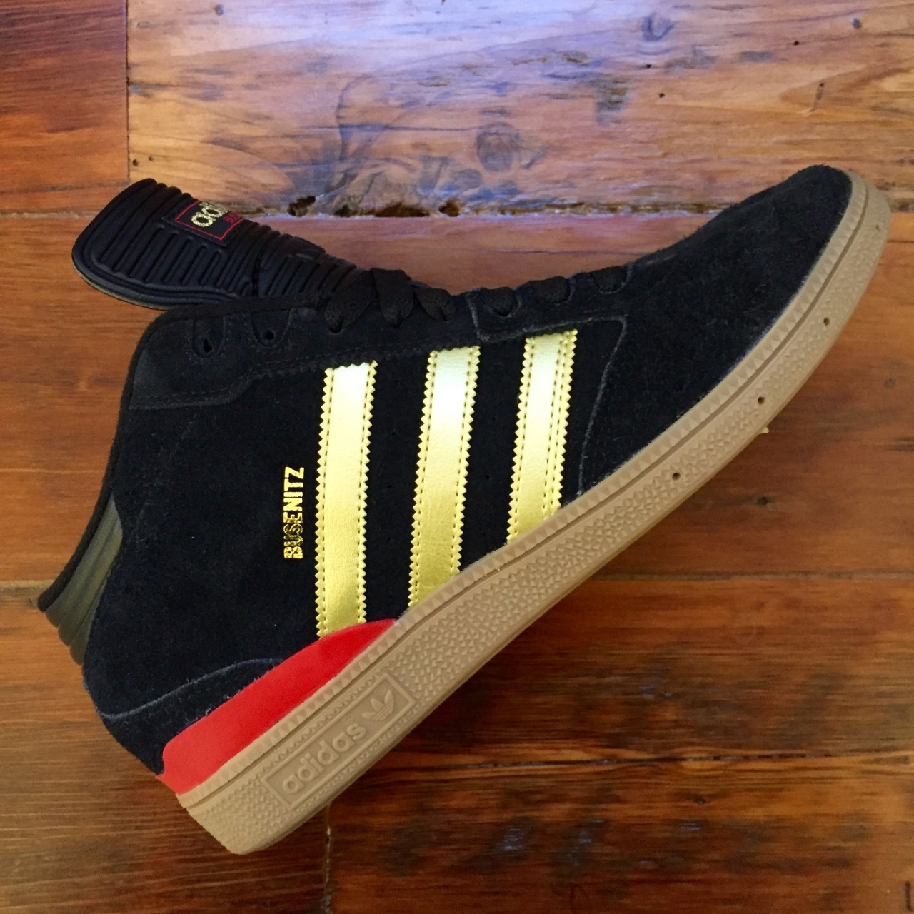 Adidas busenitz mid