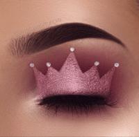 winged eye liner | Tumblr