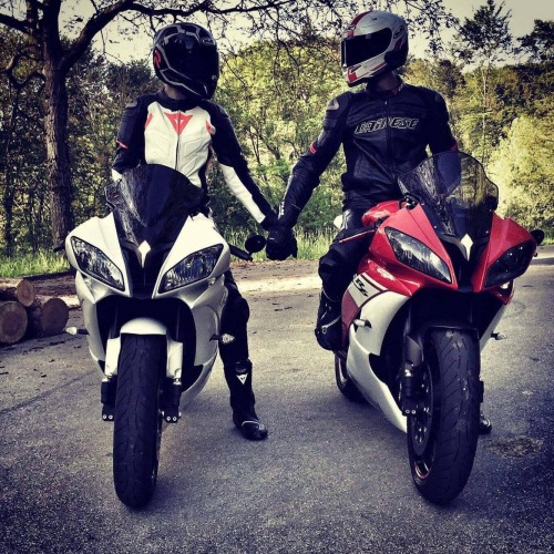 Cute Romantic Gf Bf Wallpaper Couple On Motorbike Tumblr