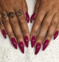long round nails | Tumblr