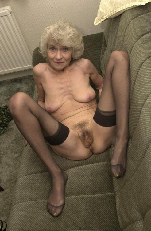 mature woman in a catfight
